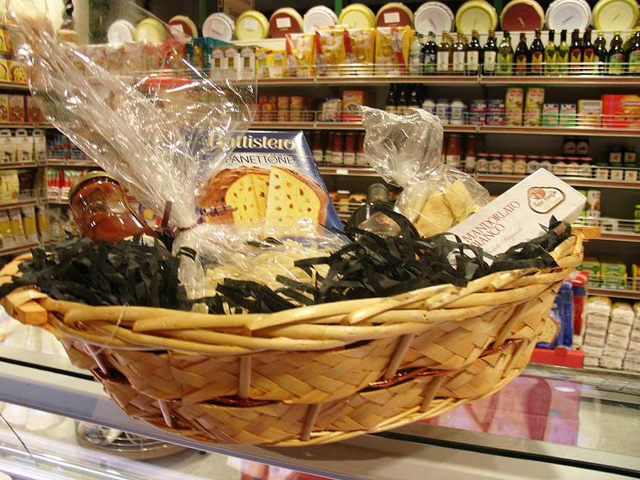 Roma Caffè and Deli   Hampers & Gift Baskets